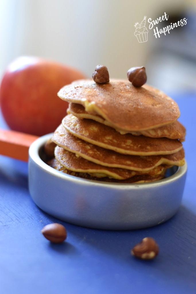 Apfelpancakes mit Haselnüssen